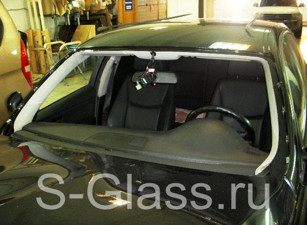 замена заднего стекла на BMW e39